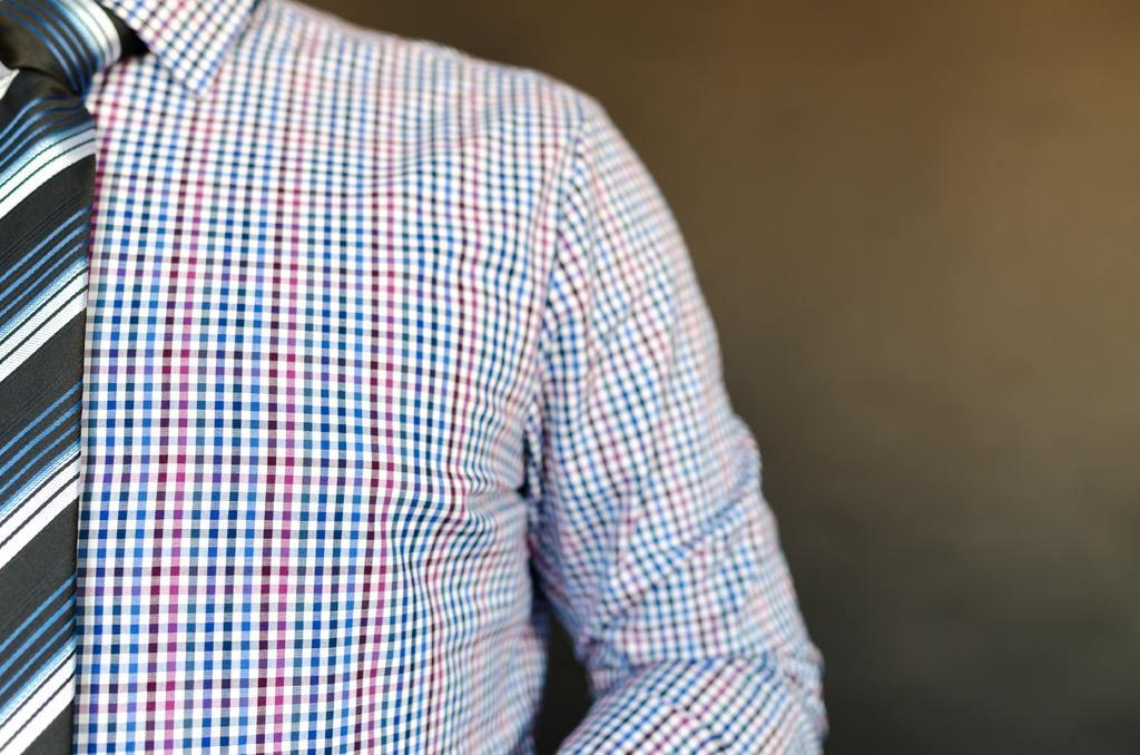 3 tips om zweetplekken in je overhemd te voorkomen